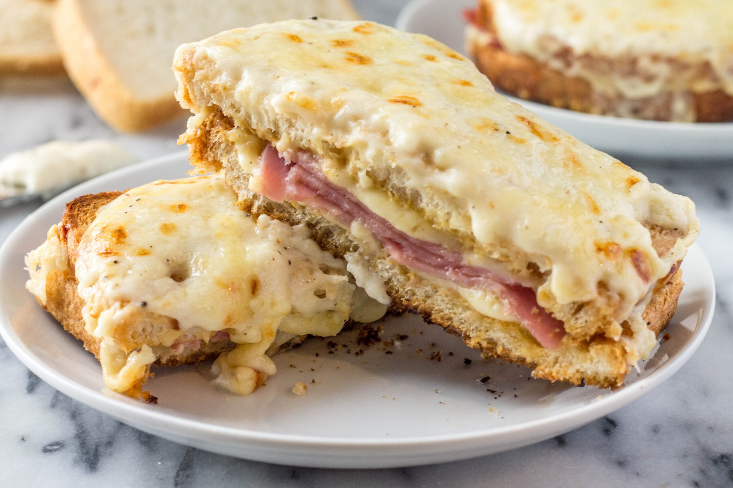 Croque Monsieur Recipe — Dishmaps