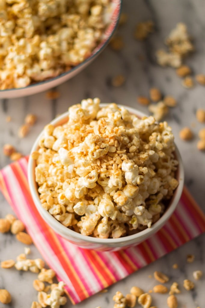 Peanut Butter Popcorn | www.oliviascuisine.com
