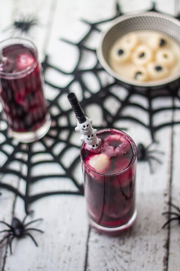 Halloween Eyeball Punch - www.oliviascuisine.com