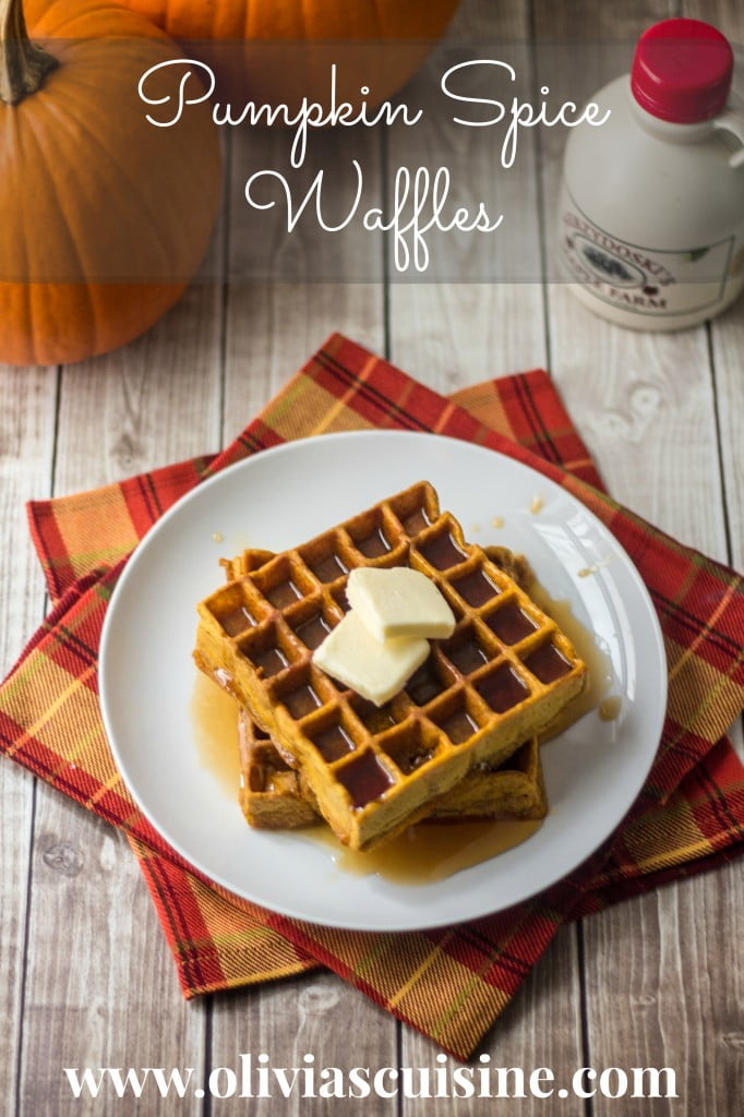 Pumpkin Spice Waffles | www.oliviascuisine.com
