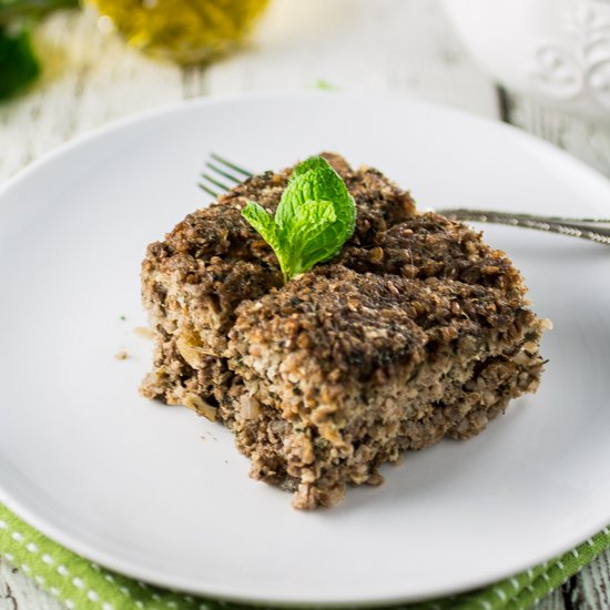 Baked Kibbeh (with Cucumber Yogurt Dip)