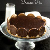 Chocolate Covered Cream Pie (or Brazilian Dutch Pie)
