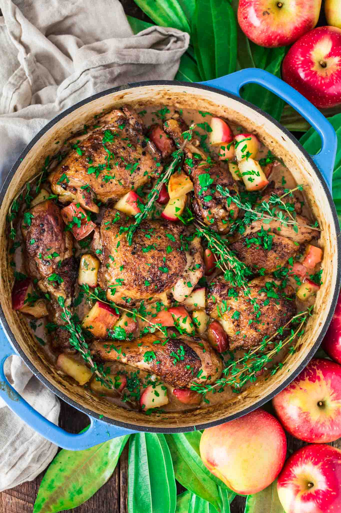 Poulet Vallée D'Auge | www.oliviascuisine.com | Apple lovers, rejoice! This Poulet Vallée D'Auge - a classic French chicken dish - is proof that autumn's favorite fruit is good for more than pies and works great in savory dishes too.