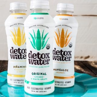Stay hydrated with detoxwater™!