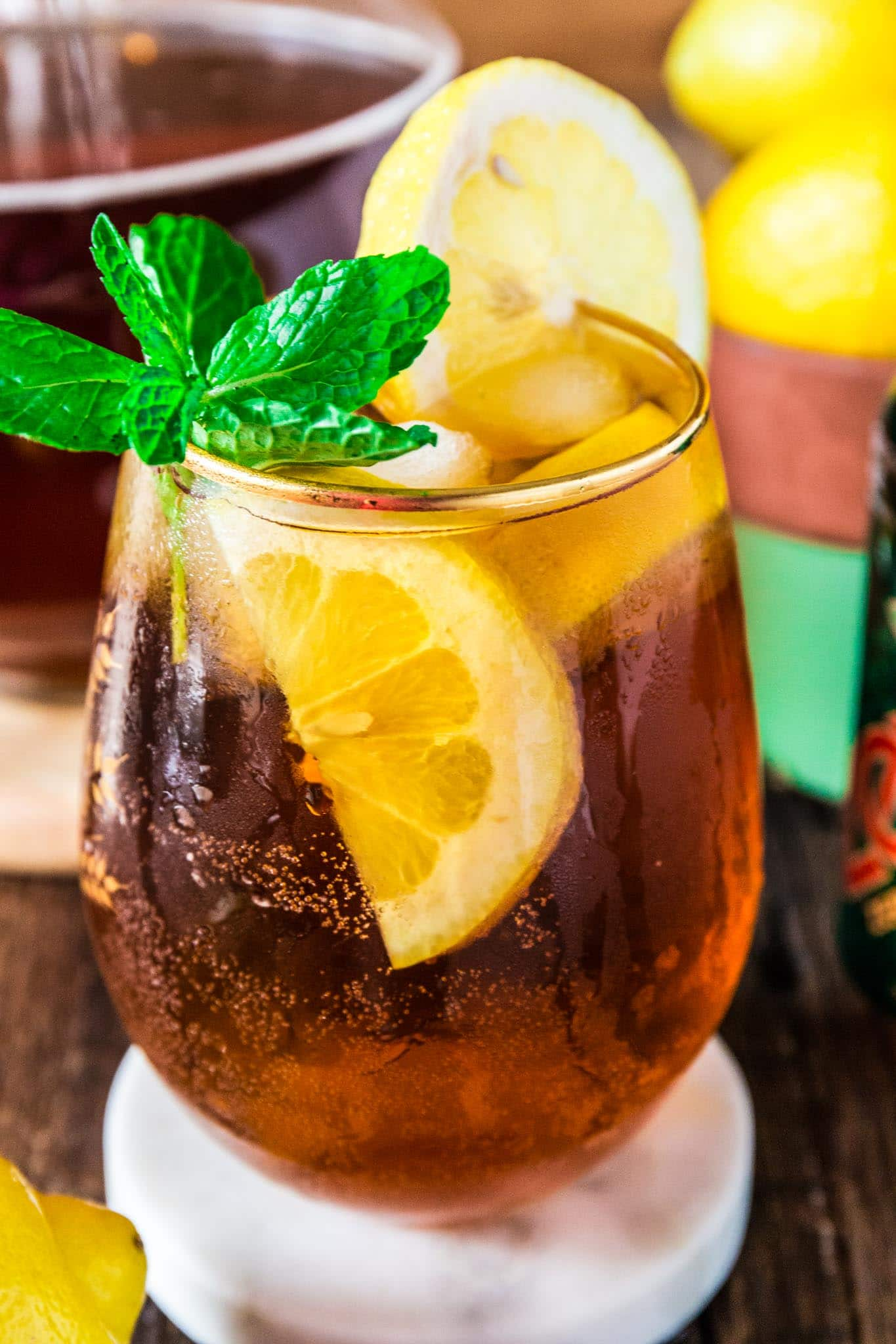 Iced Tea Punch | www.oliviascuisine.com | Refreshing and fizzy, this Iced Tea Punch is exactly what you need on a hot summer day! And the best part? It is sugar free. Meaning you can drink as much as you want without an ounce of guilt! (Recipe by @oliviascuisine.)