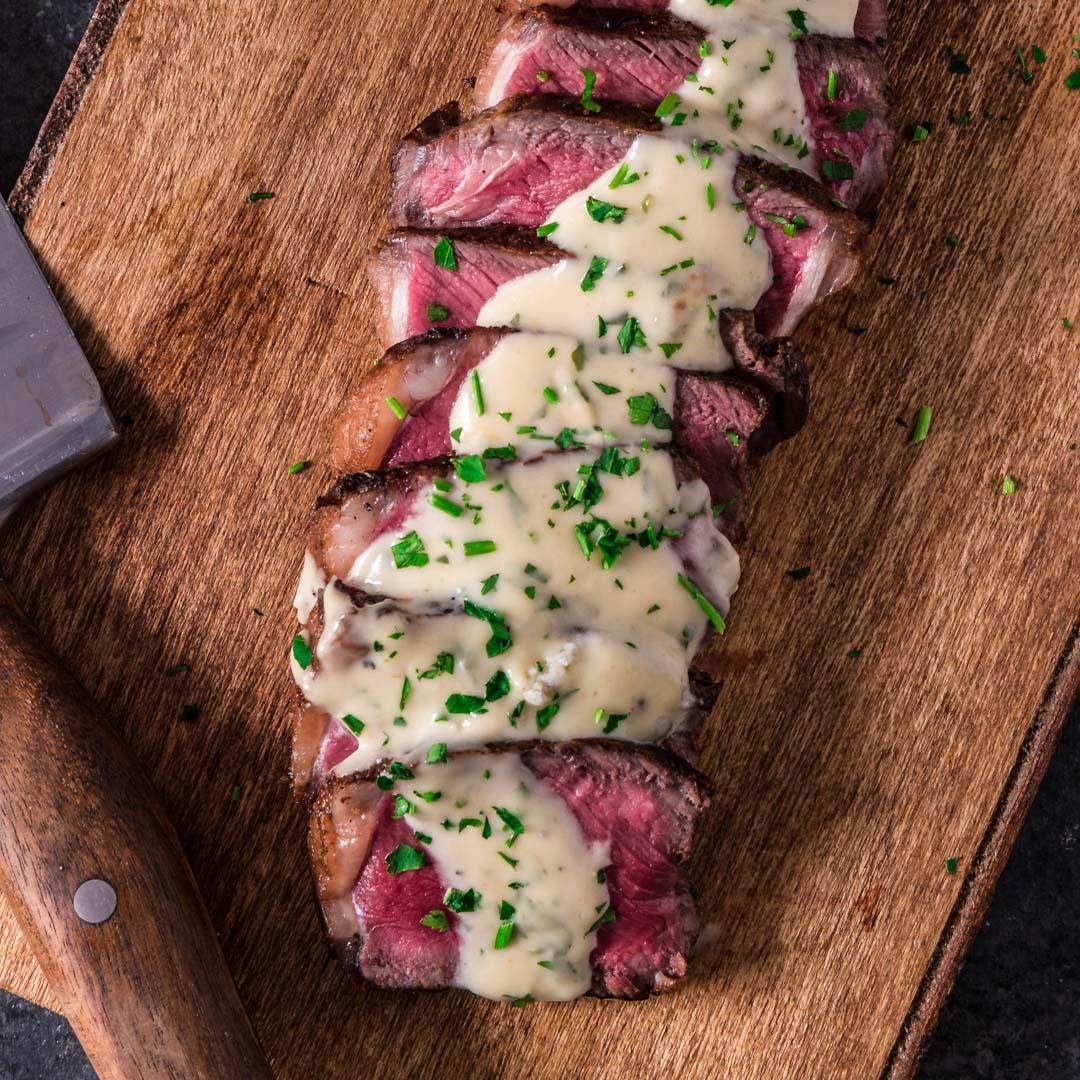 Pan Seared New York Strip Steak With Gorgonzola Cream Sauce Olivia S Cuisine