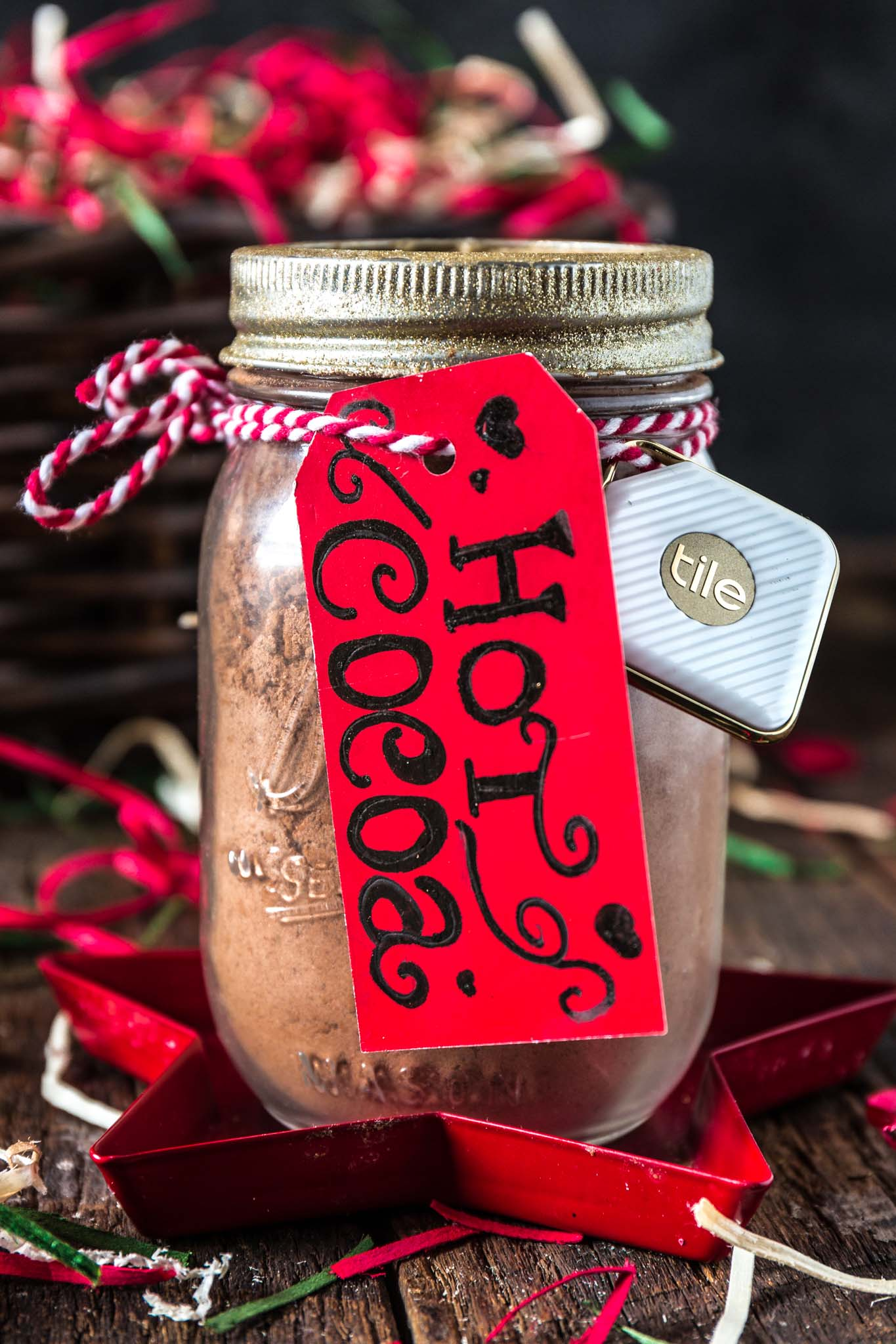 Hot Cocoa Mix   www.oliviascuisine.com   Make the holidays even sweeter by gifting this delicious and festive hot cocoa mix to your loved ones! (Recipe and food photography by @oliviascuisine.)