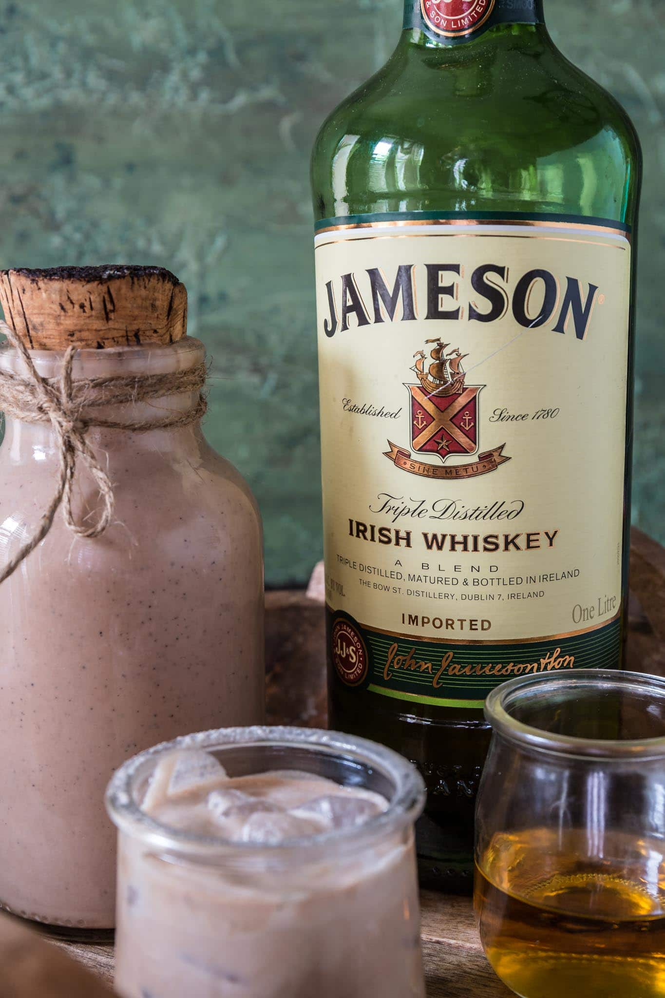Homemade Irish Cream | www.oliviascuisine.com | Have you ever tried making homemade Irish cream? A blender and a handful of ingredients is all it takes for this do-it-yourself version of Bailey's. Smooth, creamy and perfect for St. Patrick's Day! (Recipe and food photography by @oliviascuisine.)