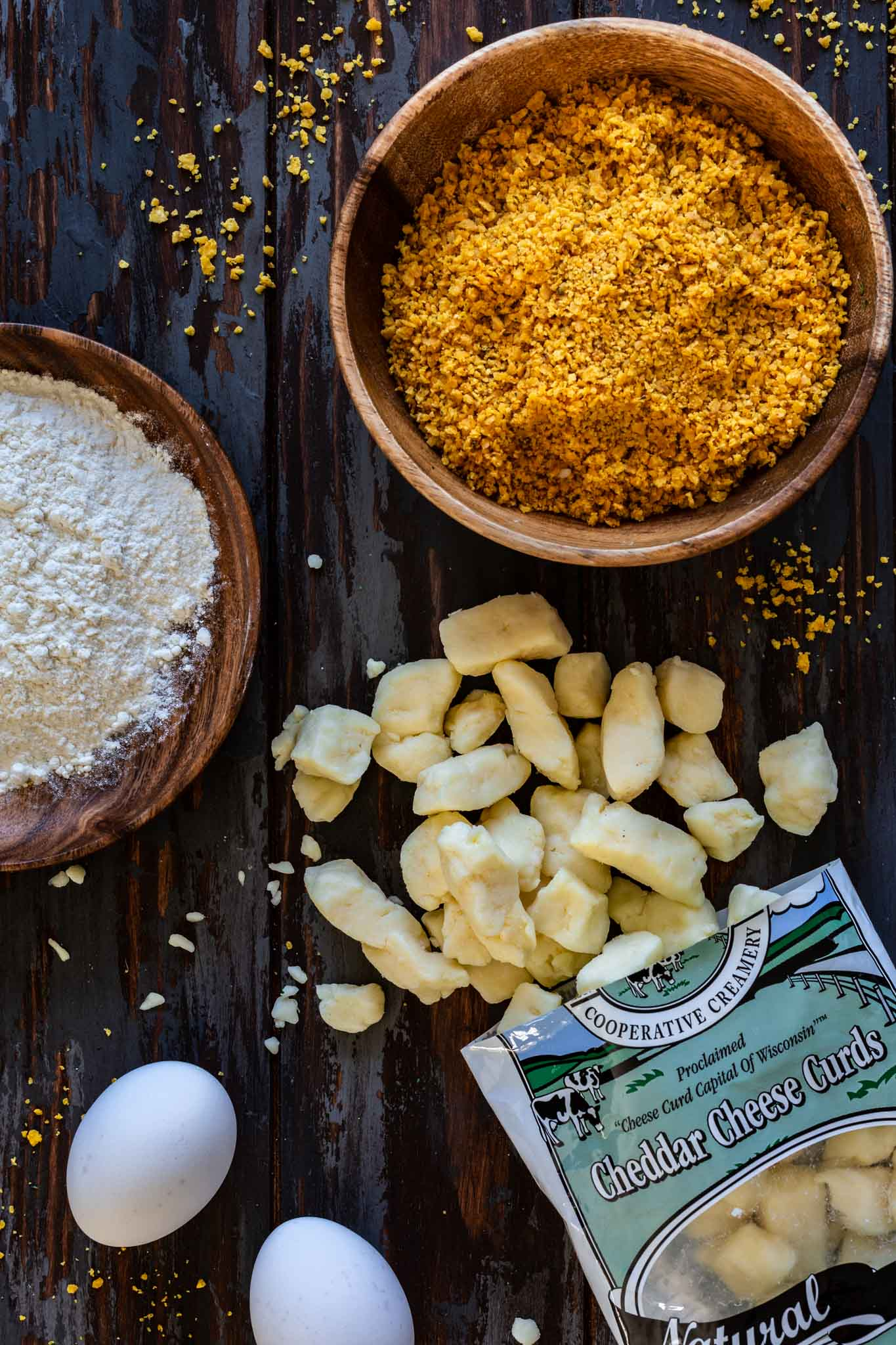 Ingredients to bread cheese