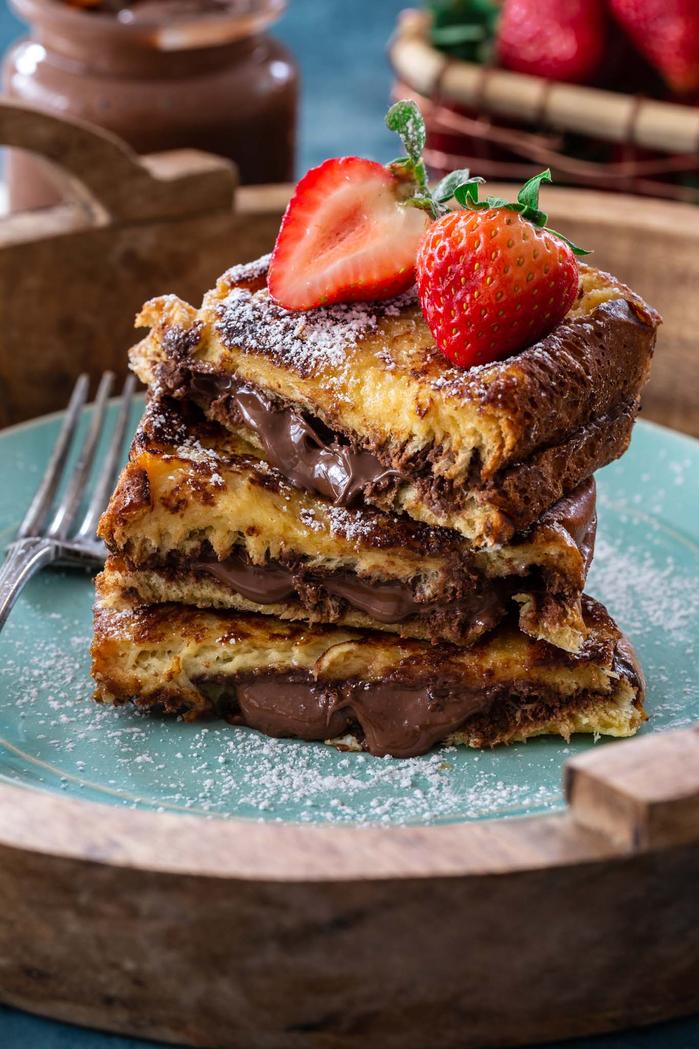 Nutella stuffed French toast slices