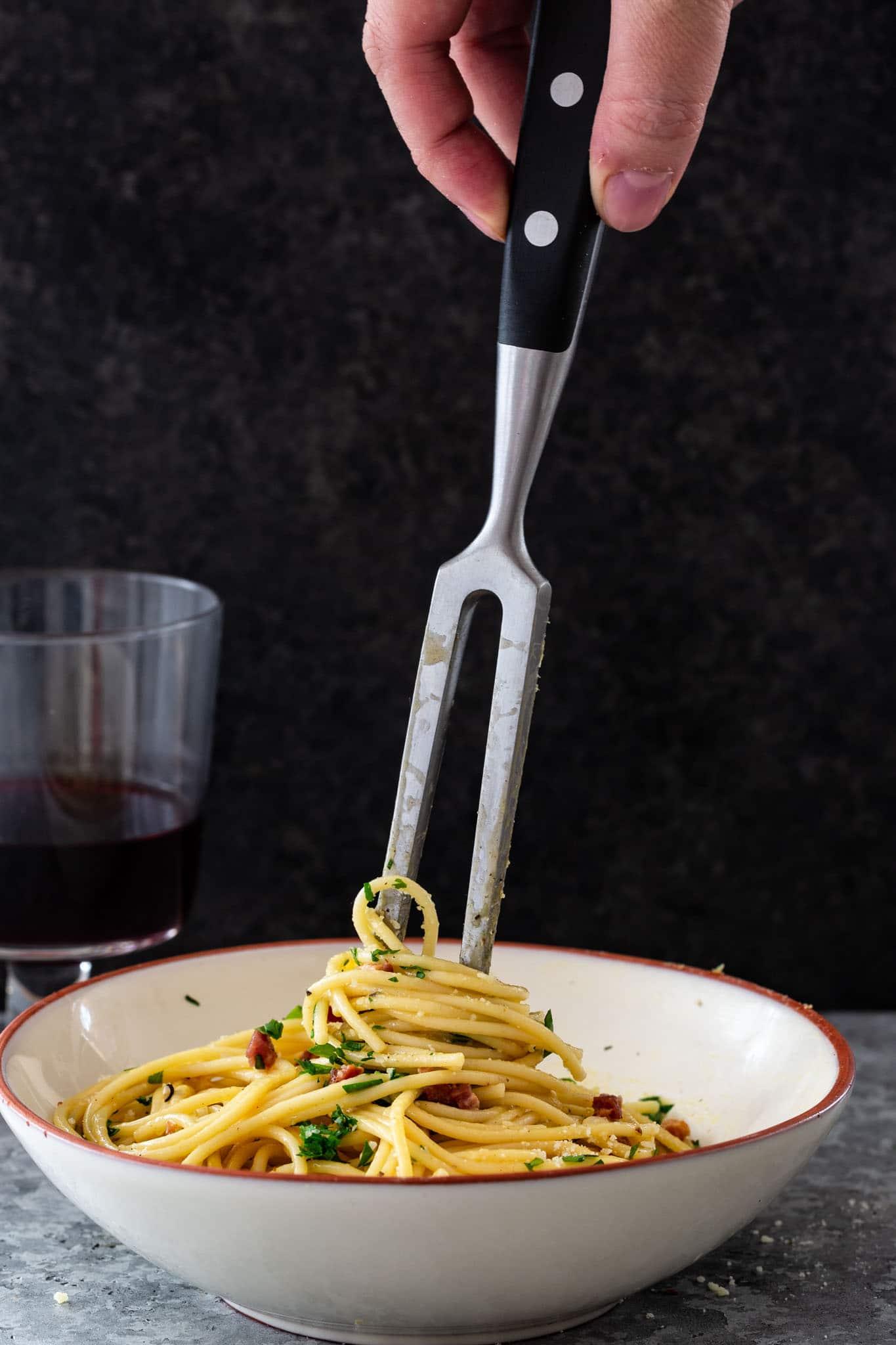 How to serve spaghetti Carbonara.