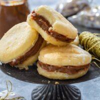 Bem Casados (Brazilian Wedding Cookies)