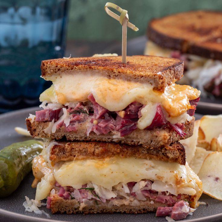 How To Make A Classic Reuben Sandwich Olivia S Cuisine