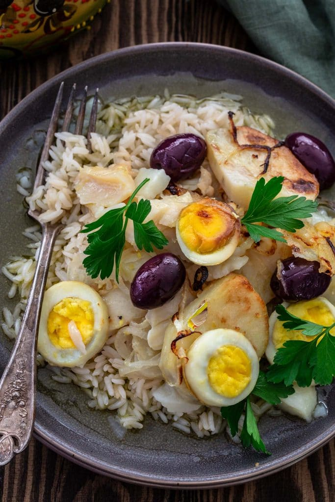 Bacalao served over rice.