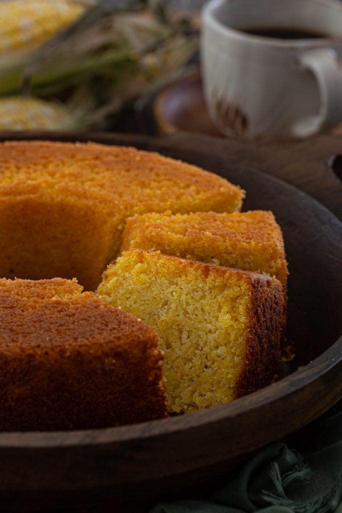 Sweet corn cake, sliced