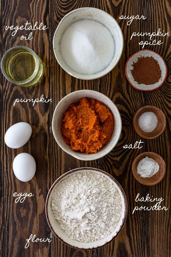 Ingredients to make pumpkin coffee cake in the slow cooker.