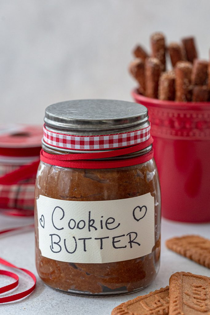 Cookie spread served with pretzel rods.