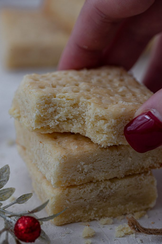 Buttery, crumbly shortbread cookies