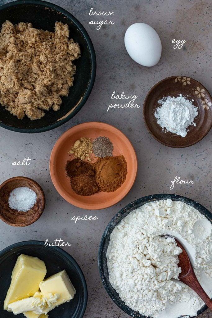 Ingredients to make speculoos